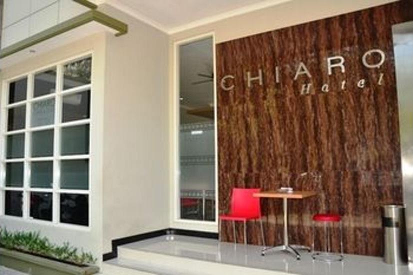 Chiaro Hotel Sidoarjo - Terrace/Patio
