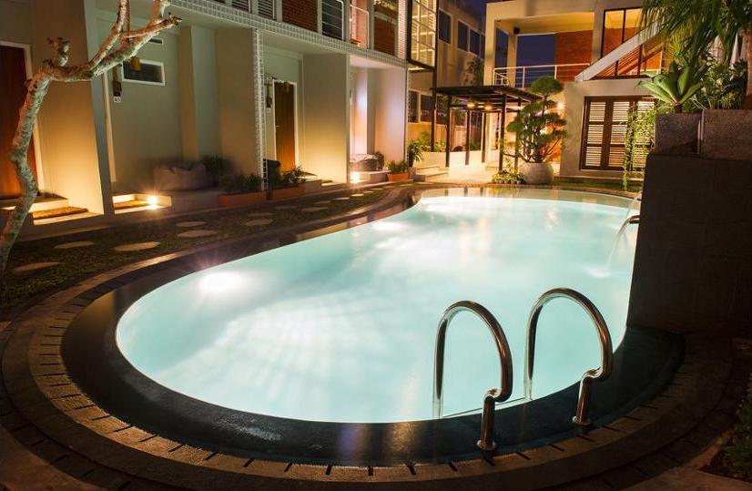 Lokal Hotel Yogyakarta - Outdoor Pool