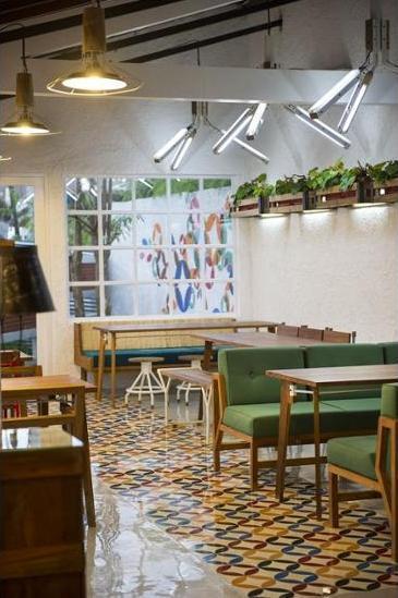 Lokal Hotel Yogyakarta - Dining