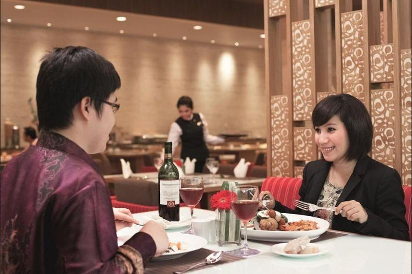 Grand Mercure Harmoni Jakarta - Restaurant