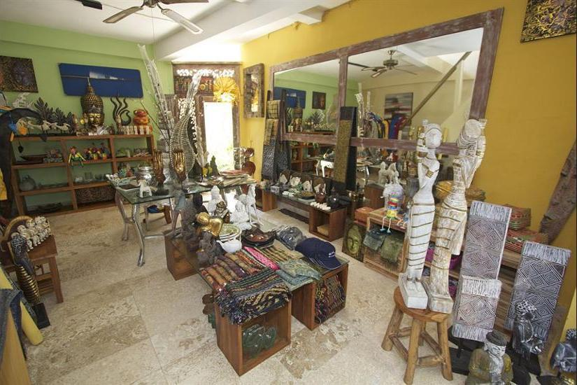 Bayshore Villas Candi Dasa - Gift Shop
