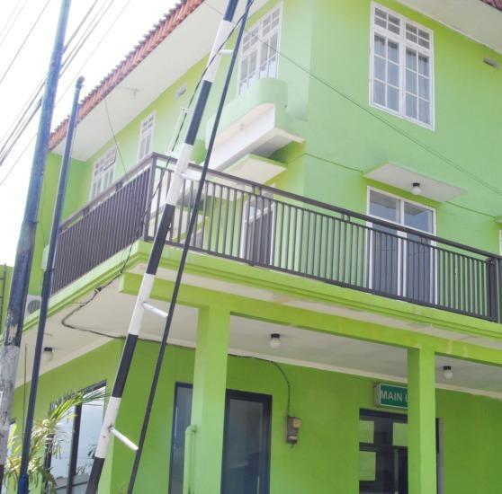 Hotel Suminar Garut - Hotel Building