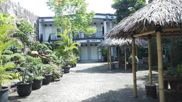 Hotel Mandala Tangerang - Exterior