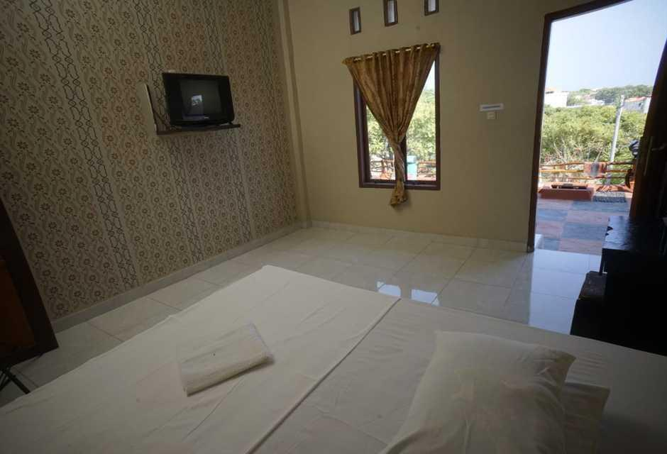 Hotel Bira Panda Beach 2 Bulukumba - Standard Room Regular Plan