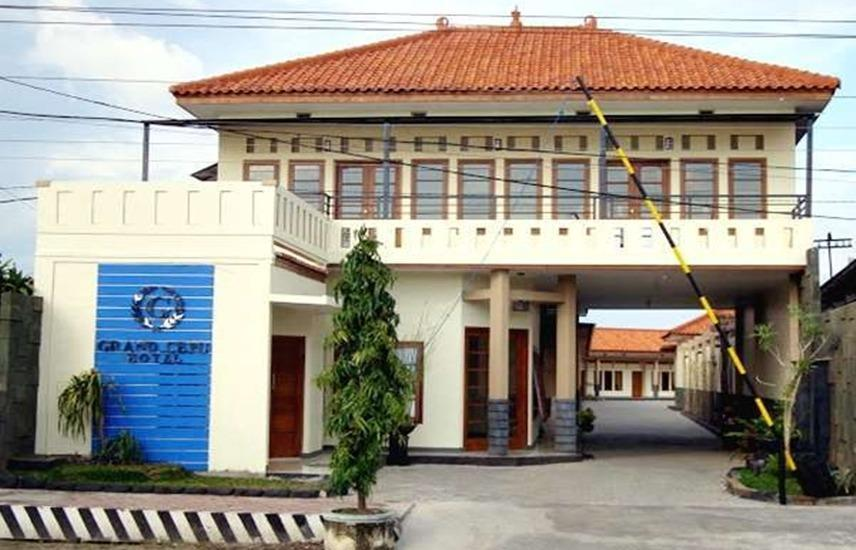 Grand Cepu Hotel Blora - Exterior