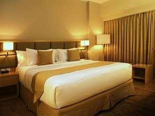 STAR Hotel Semarang - Superior Queen - with Breakfast 50% DISC - April Mop