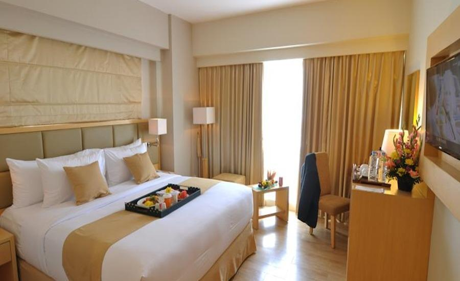 STAR Hotel Semarang - Deluxe Queen - Room Only Regular Plan