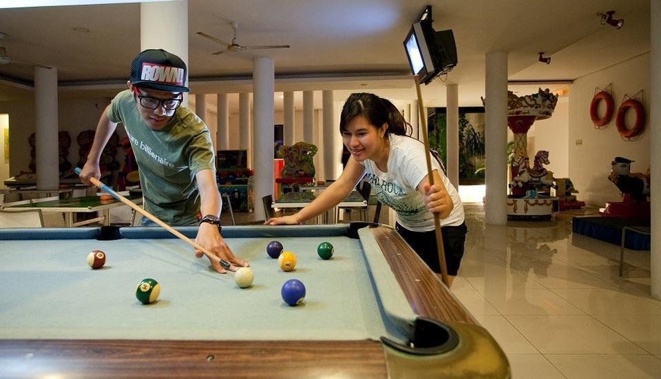 Tanjung Kodok Beach Resort Lamongan - billiard