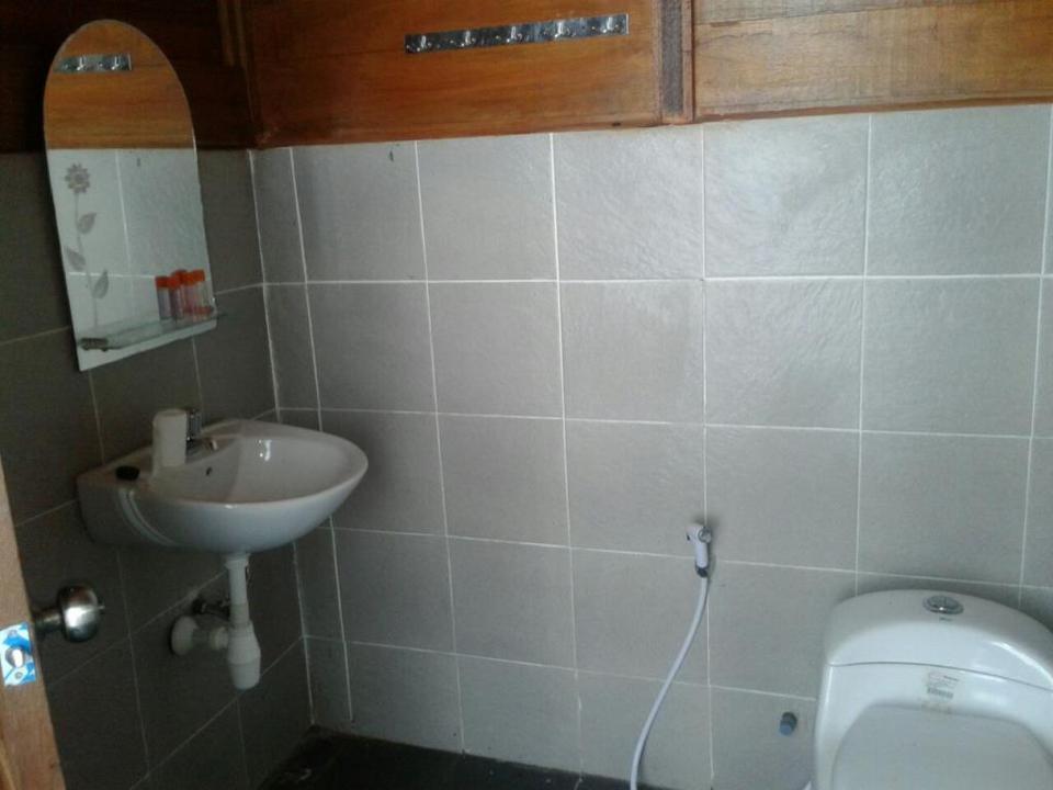 Noah Maratua Resort  Berau - Bathroom