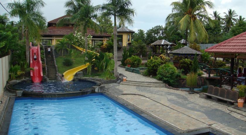 Wonua Monapa Hotel   - Kolam Renang