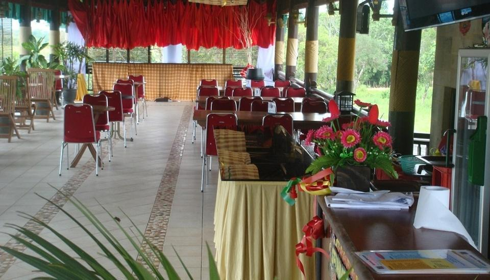 Wonua Monapa Hotel   - Menu Prasmanan