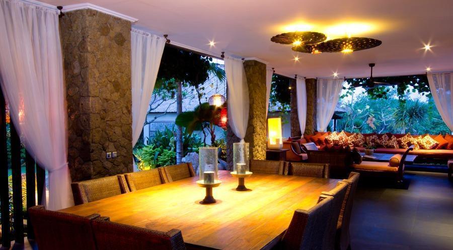 Villa Teresa Bali - Ruang makan