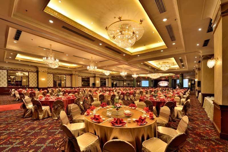 Grand Aquila Hotel Bandung - Ballroom