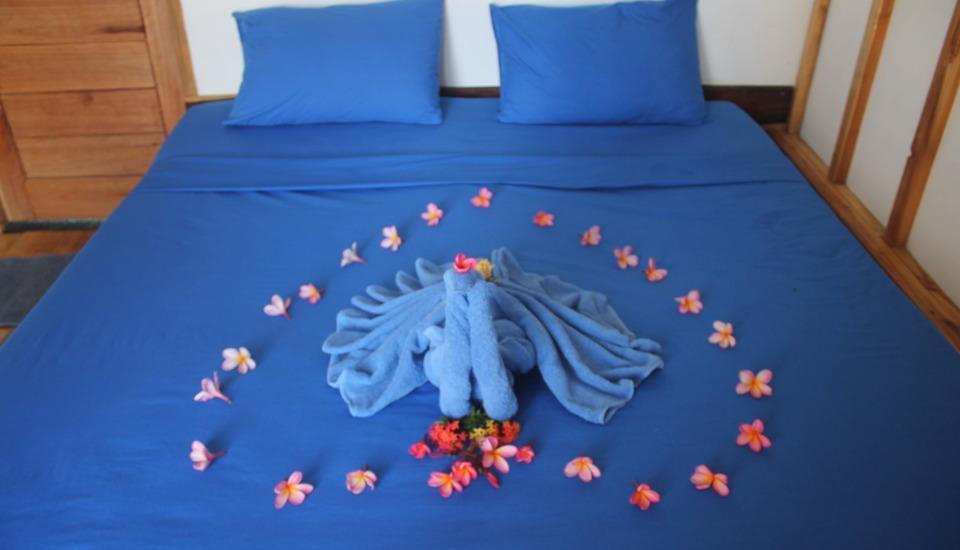 The Place Bungalow & Restaurant Sekotong Lombok - Deluxe Bungalow Double Bed With Fan Regular Plan