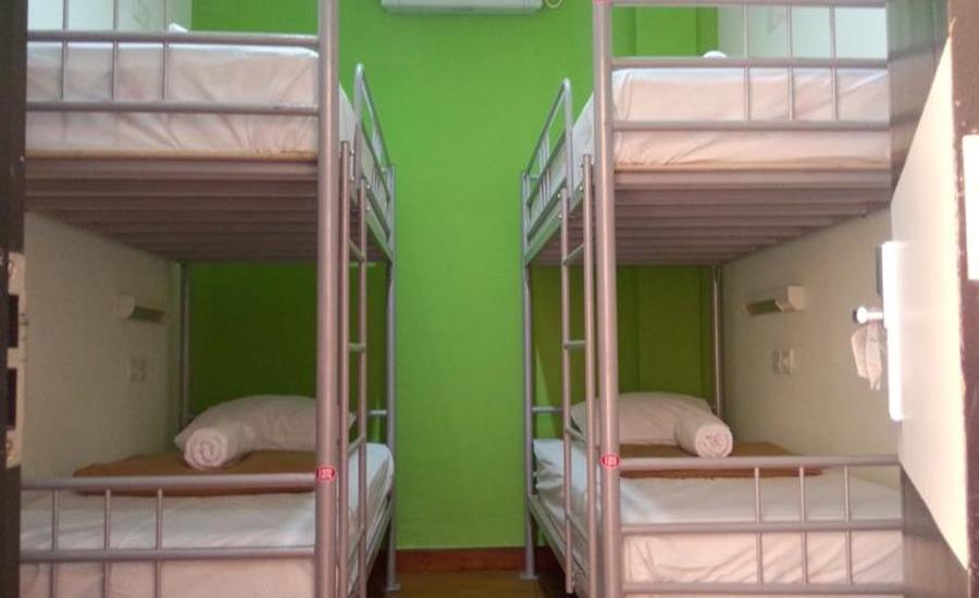 CX Hostel Legian Kelod Bali - Tempat tidur susun