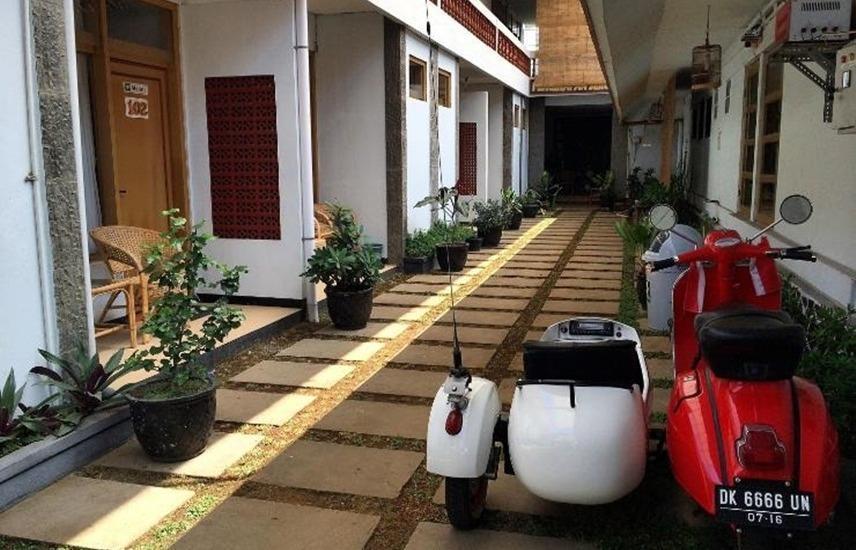 Seruni Guest House Bandung - Eksterior