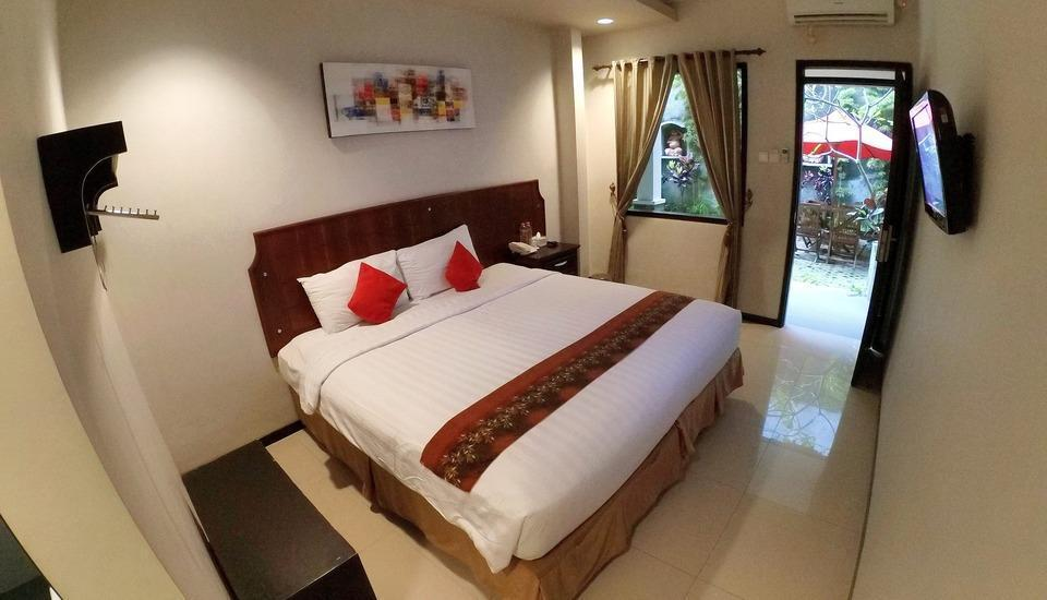 DFresh Guest House Malang - Superior Room
