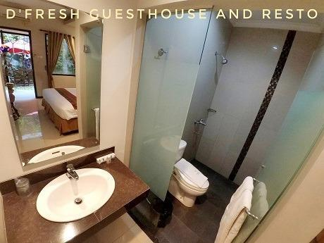 DFresh Guest House Malang - Bathroom