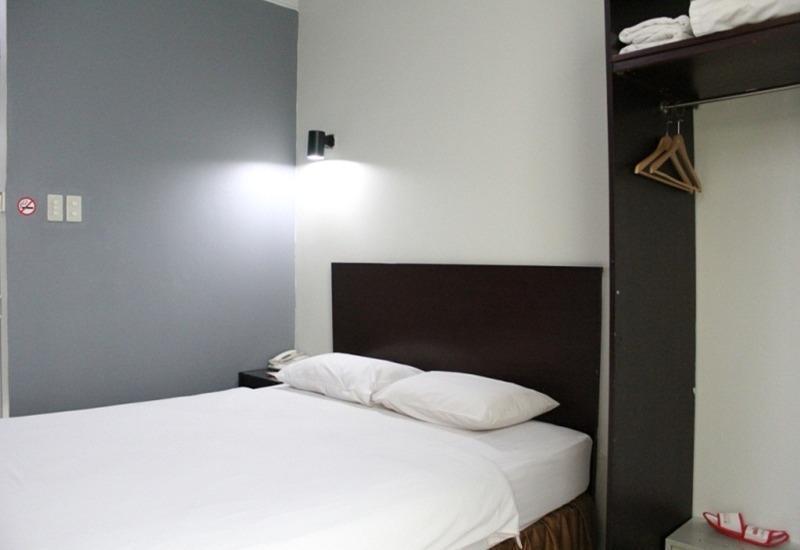 Win Hotel Panglima Polim - Superior Room Regular Plan
