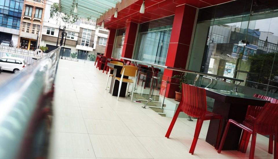 Win Hotel Panglima Polim - 12