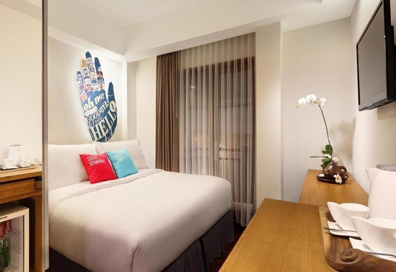 The Silk Hotel Bandung Bandung - Deluxe King With Breakfast Hot Deals