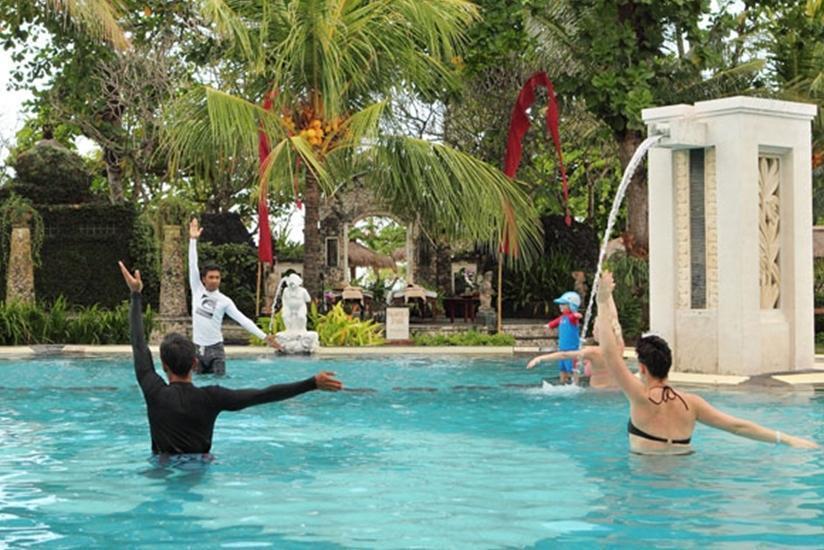 Bali Tropic Resort and Spa Bali - Kolam Renang