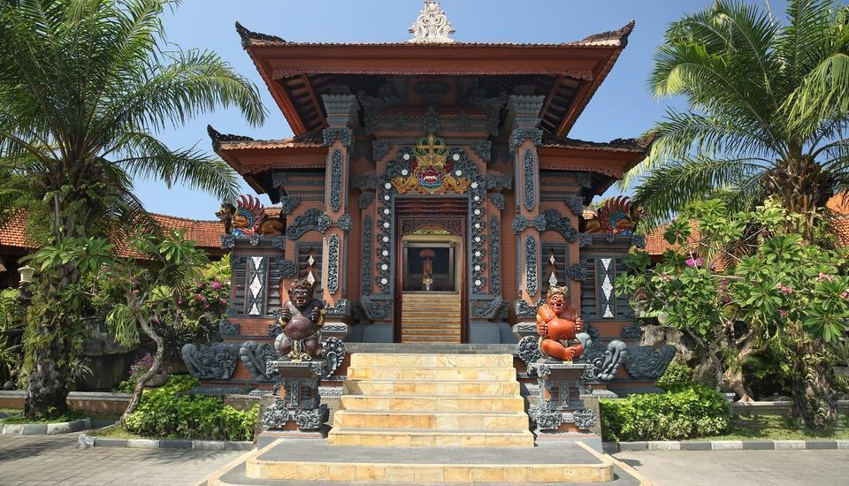 Bali Tropic Resort and Spa Bali - Gerbang utama