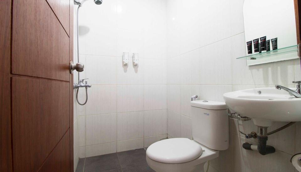 RedDoorz @Cikutra Bandung - Kamar mandi