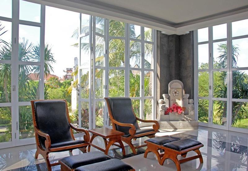 RedDoorz near Dreamland Beach Uluwatu Bali - Interior