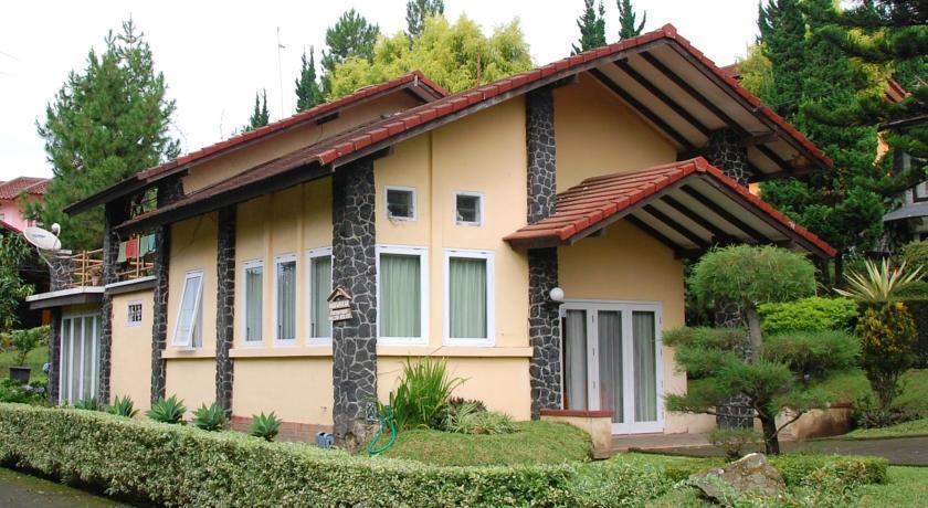 Villa Chava Minerva Istana Bunga Lembang - Eksterior