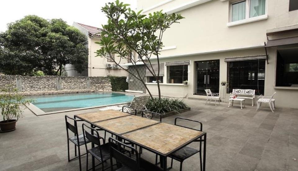 Mutiara Suites Jakarta - Pool
