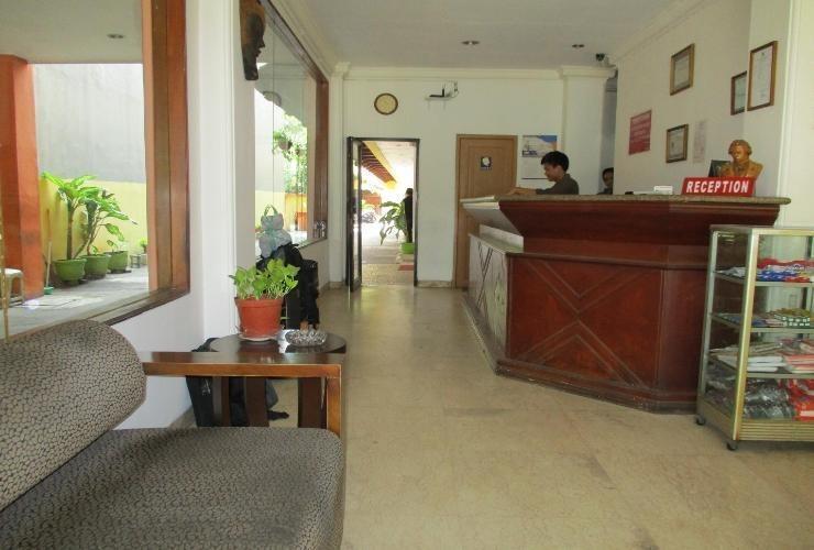 Hotel Maxim Jakarta - Lobby