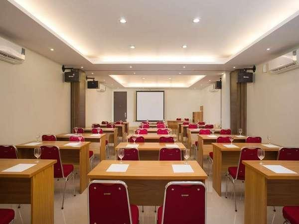 Harlys Residence Jakarta - Ruang Rapat