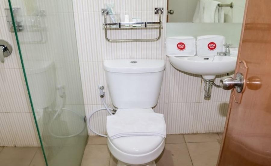 NIDA Rooms Wuruk 1 Central Jakarta - Kamar mandi
