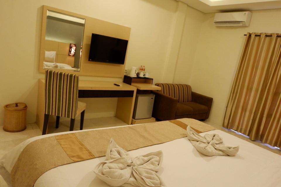 Ataya Hotel Solo - Balcony Weekdays DEAL