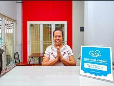 Airy Eco Syariah Grogol Latumenten Satria Tiga 30 Jakarta Jakarta - receptionist