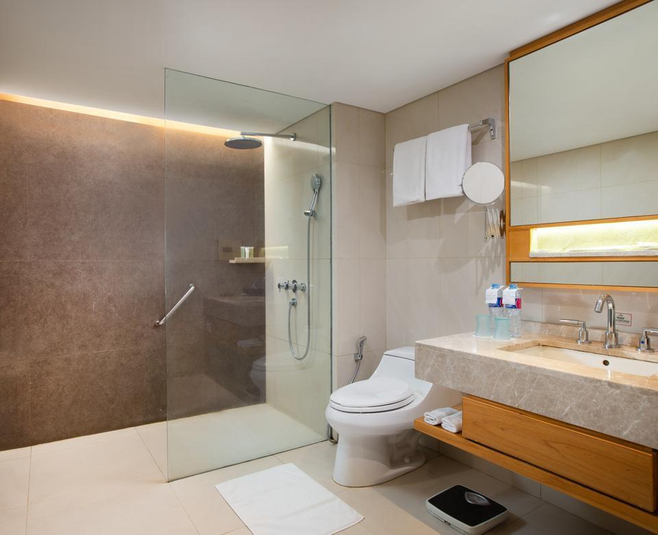 Hotel Santika Premiere Jakarta - Deluxe Suite Room King Special Promo Last Minute Deal