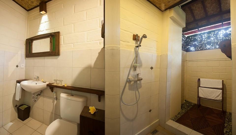 Munari Resort & Spa Ubud Bali - Kamar Mandi Superior dan Deluxe