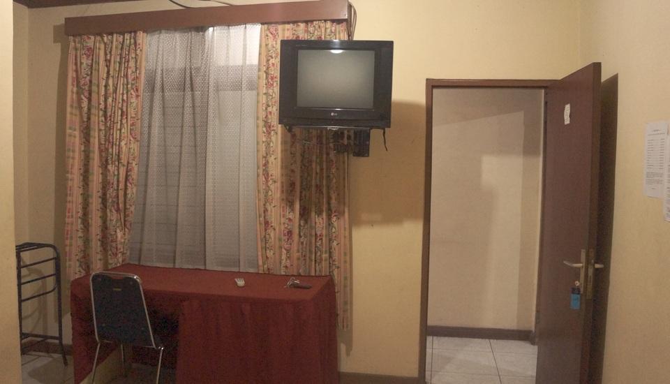 Villa Mas Inn Puncak - Standard Plus(2 Single Bed+Bathtub) Regular Plan