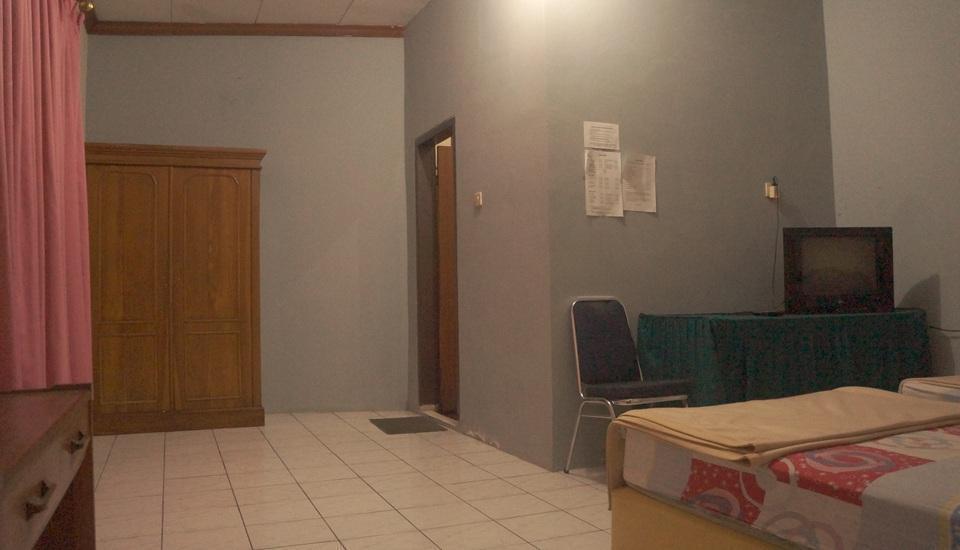 Villa Mas Inn Puncak - Superior (2 Single Bed+Bathtub) Regular Plan