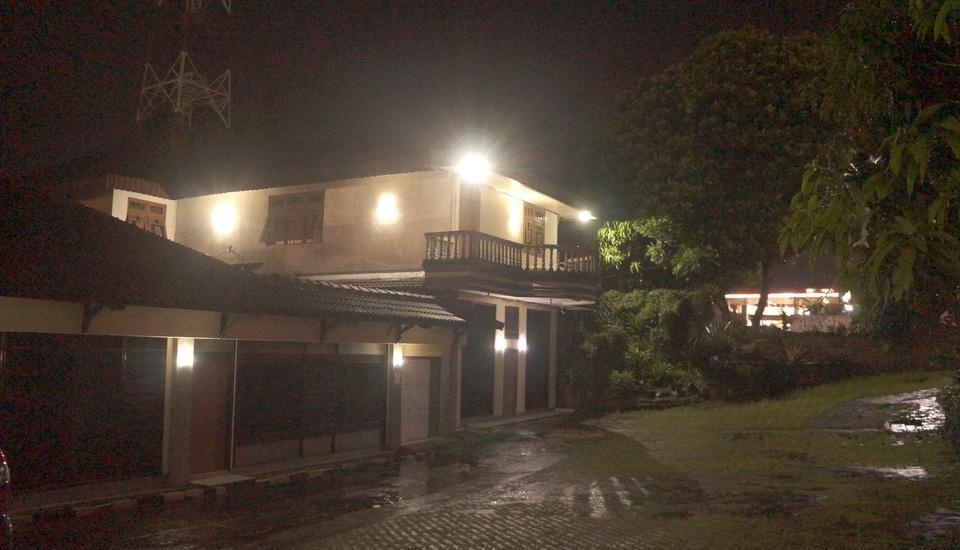 Villa Mas Inn Puncak - exterior
