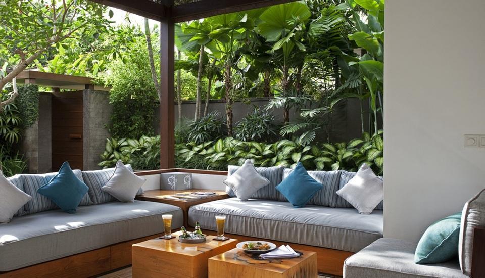The Elysian Seminyak - Ruang tamu di villa 1 Kamar