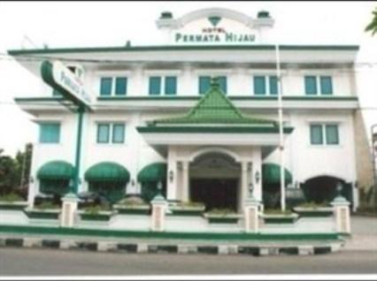 Hotel Permata Hijau Cirebon - (21/May/2014)