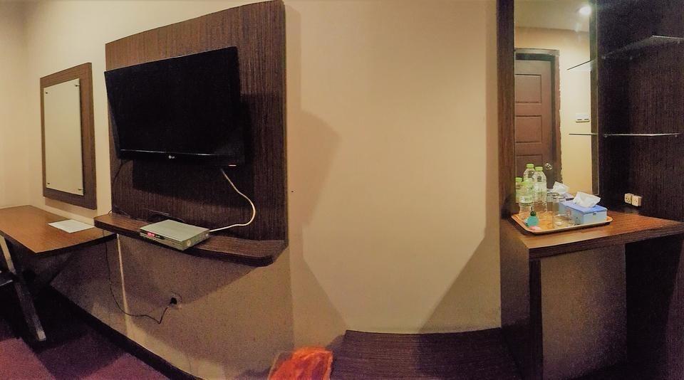 Damon Butik Hotel Pekanbaru - Fasilitas Kamar