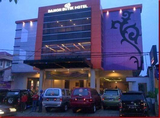 Damon Butik Hotel Pekanbaru - bangunan