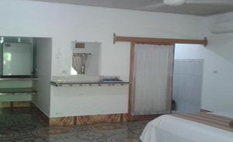 Putri Homestay Lombok - Suite Room With AC Regular Plan