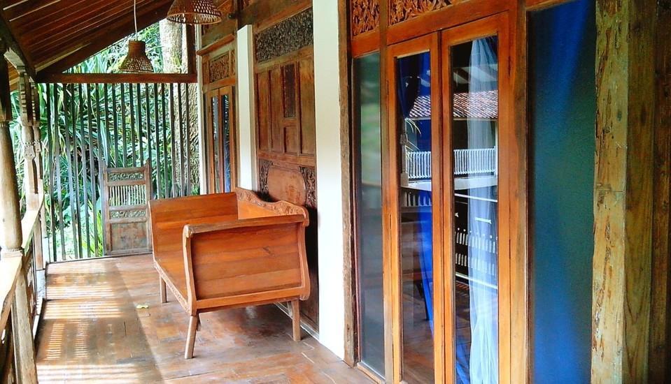 Sapu lidi Resort Hotel Bandung - Suite Lake View Room Only Hot Deals