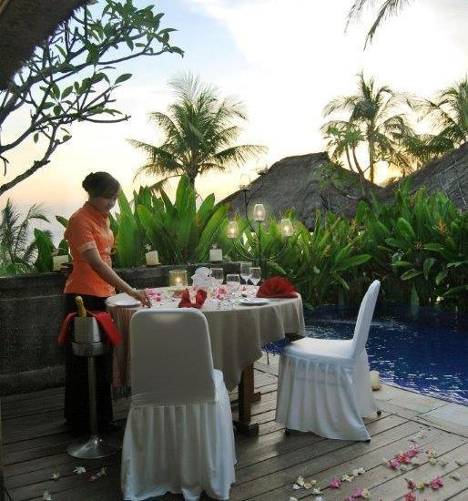 Grand Balisani Suites Bali - Romantic Candle Light Dinner