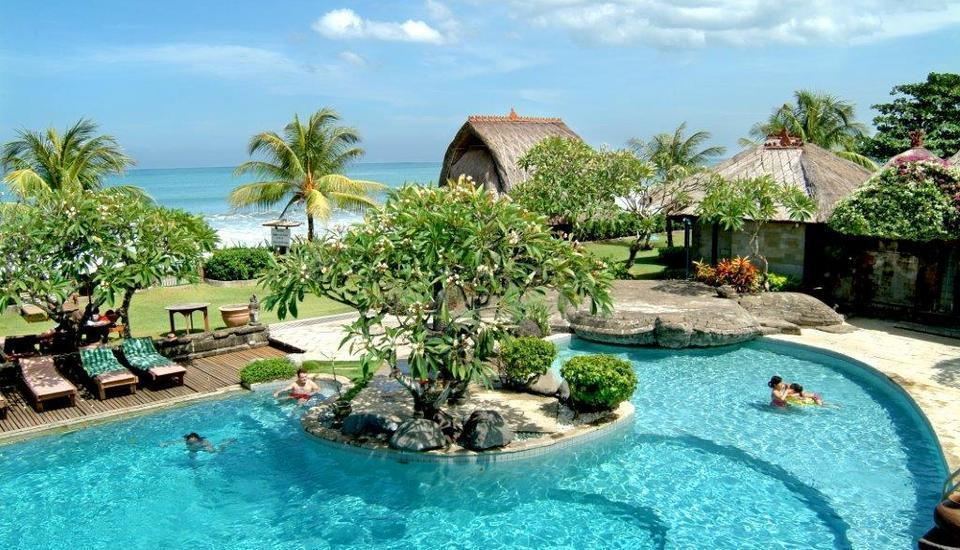 Grand Balisani Suites Bali - Swimming Pool