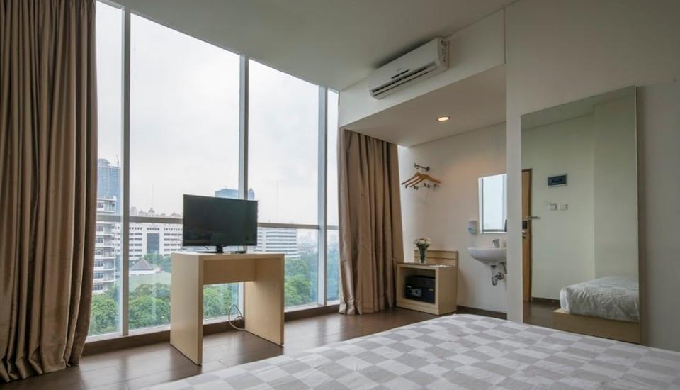 Hotel 88 Grogol - Deluxe executive with view